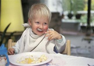 孩子不愿意断奶心疼怎么办 怎么给孩子轻松断奶