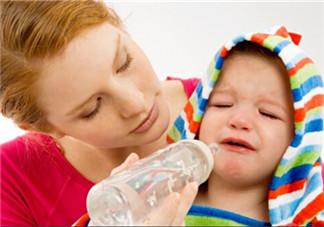 宝宝断奶心疼的心情说说 宝宝断奶妈妈的心情语录