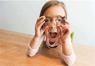 孩子淘气的心情说说 孩子淘气不听话说说朋友圈图片