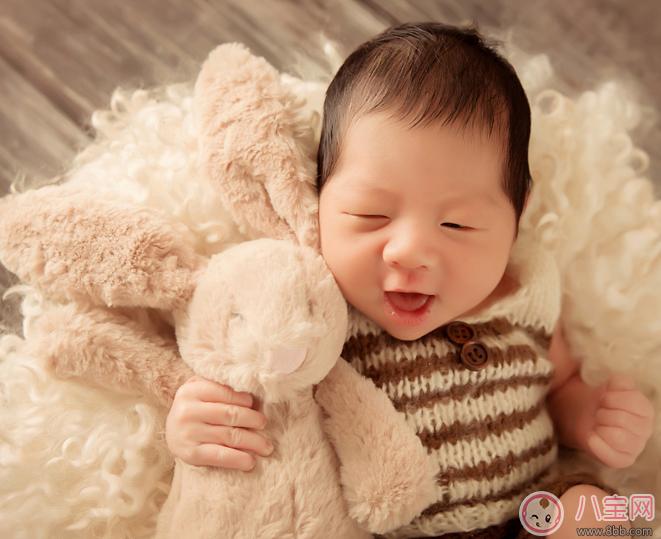 初为人母不容易的心情感慨 初为人母的懵懂感触心情