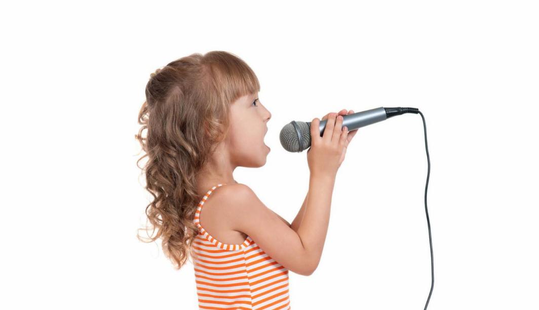 分享宝宝唱歌好听的心情说说 夸奖孩子唱歌好的句子
