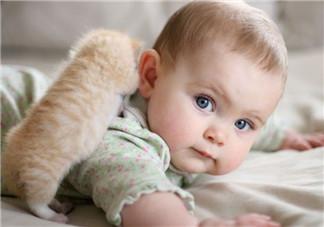 婴儿湿疹出水了怎么办 宝宝湿疹的正确护理方法