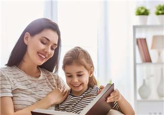 如何选择适合孩子的英文读本 不同年龄段的孩子怎么选择英语学习书