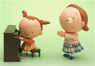 养孩子不容易经典语句 感慨养孩子不容易的说说朋友圈