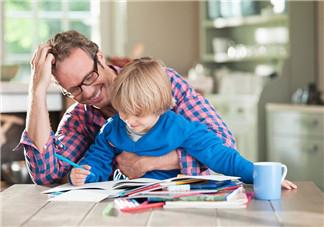 陪孩子做作业累的说说朋友圈 陪孩子写作业抓狂心情感慨