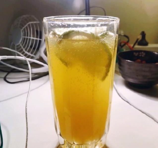 最新快乐肥宅水怎么做 新肥宅快乐水橙汁加柠檬