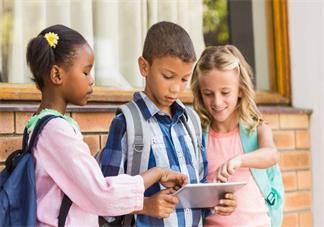 孩子内向不积极发言怎么办 孩子不愿意内向说话解决2018