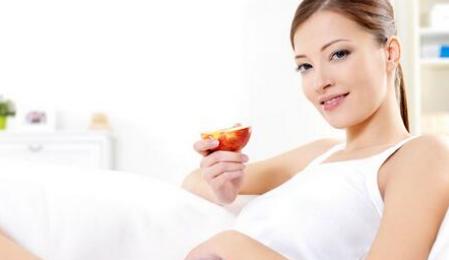 性生活后久躺会增加怀孕率吗 性生活平躺多久最好