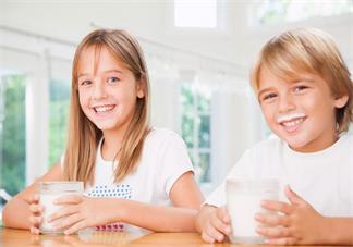 为什么二胎大多性格都不同 生两个孩子怎么养比较好2018