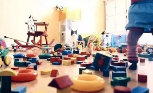 五岁小孩玩玩具不收拾怎么办 怎么教5岁小孩收拾玩具