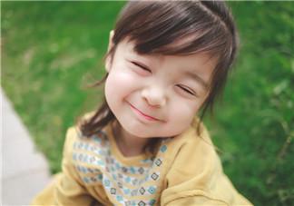 陪孩子玩耍的心情说说 孩子们开心玩耍的句子短语