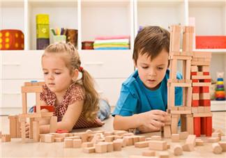 如何让孩子在玩中学 哪些玩具能和孩子一起玩并学习