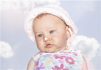 宝宝出门怕热怎么办 夏季带宝宝出门如何预防宝宝中暑