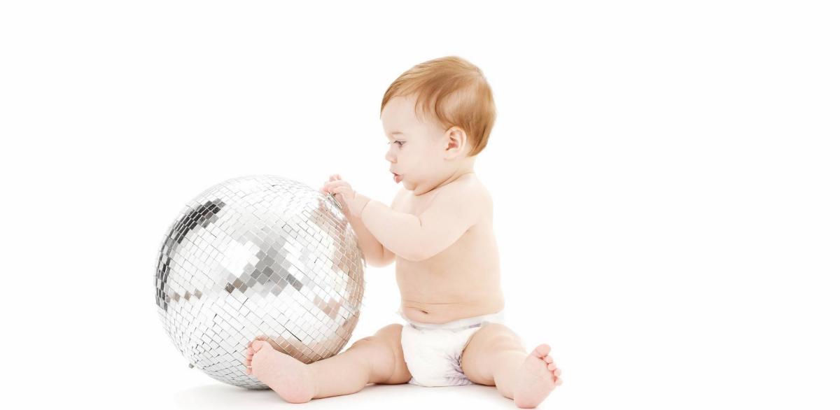 父亲节出生的宝宝取什么小名 2018父亲节出生的男女宝宝小名大全