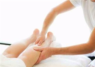 孕晚期脚肿怎么办 多吃蛋白质食物能改善浮肿