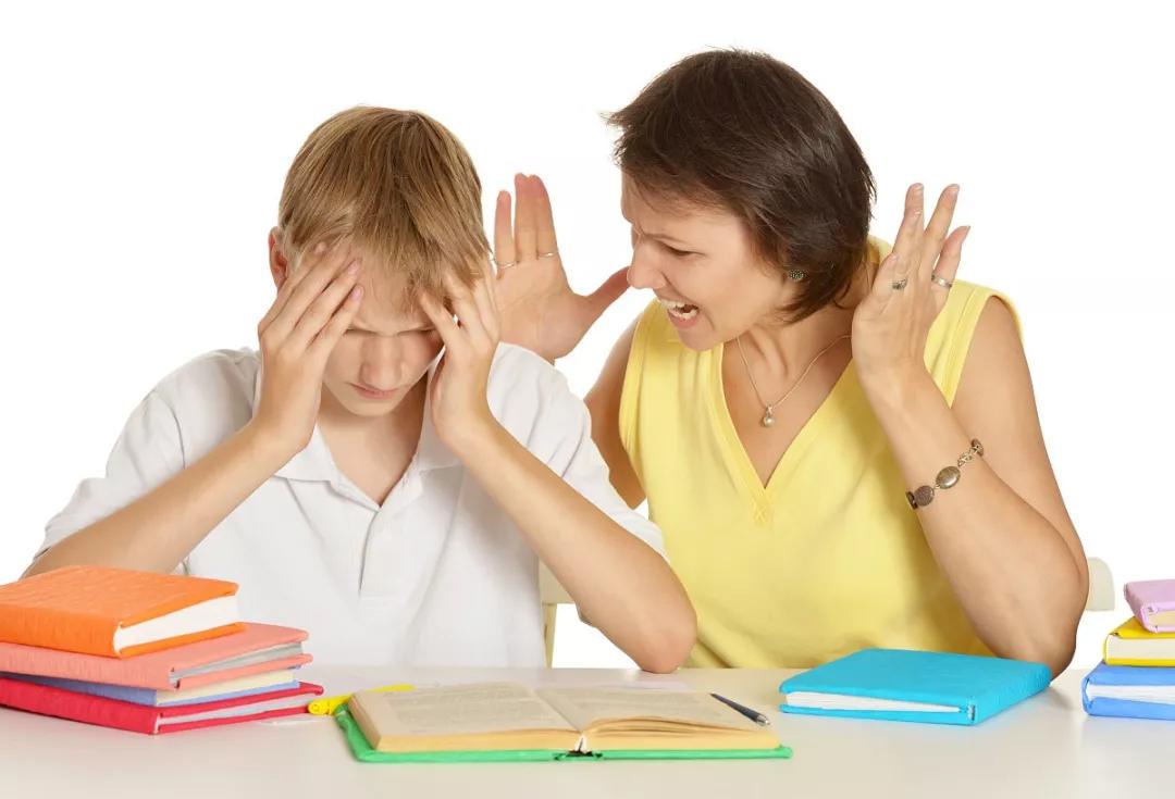 孩子不愿意跟你说话是什么原因 怎么正确的跟孩子进行沟通2018