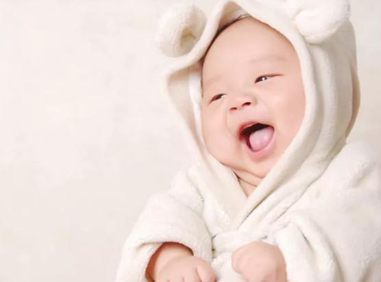 宝宝空调房里穿什么衣服 宝空调房穿连体衣最健康