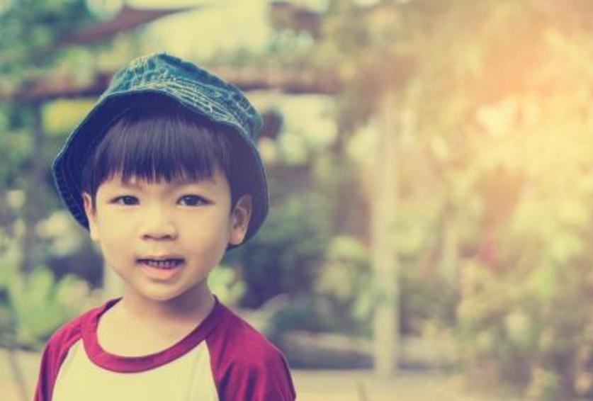 如何正确的夸奖孩子 表扬孩子用什么方法不会过分