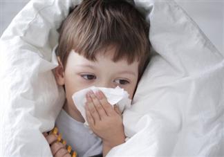 宝宝感冒流鼻涕可以吹风扇吗 宝宝感冒流鼻涕最好不要吹风扇