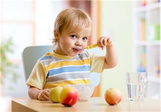 夏至孩子上火应注意什么 饮食要讲究营养均衡