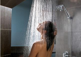 跑步后多久可以洗澡 全身出汗后3-15分钟后洗澡更安全