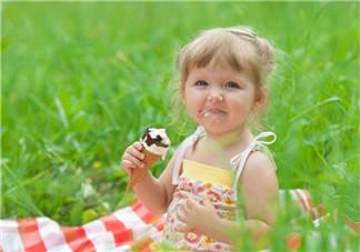 夏季吃冰淇淋头痛怎么回事 头痛应该挂什么科