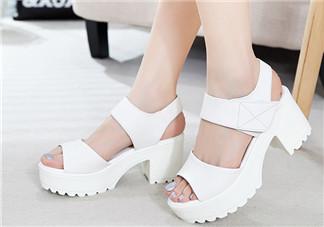 孕妇穿高跟鞋有什么影响 建议2-3cm左右坡跟鞋为最大极限