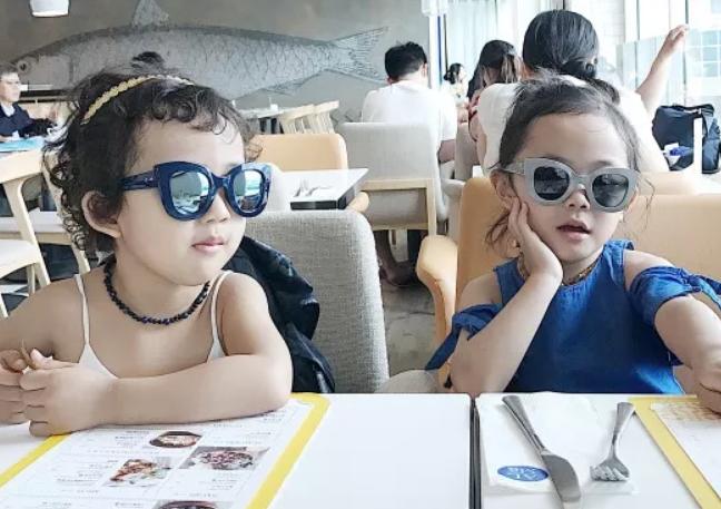 儿童戴太阳镜会影响视力吗2018 小孩多大适合戴太阳镜