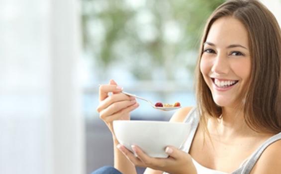 孕中期孕妇体重增长标准2018 孕中期食物吃什么好