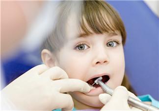 暑假儿童扎堆整牙怎么回事 吃得太精细太甜易致龅牙