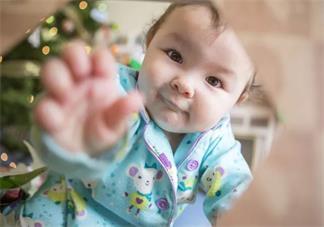 宝宝说得好听不懂怎么交流 怎么跟在学说话的孩子沟通