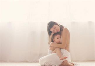 母乳妈妈喂奶得荨麻疹怎么办 母乳吗吗怎么改善荨麻疹
