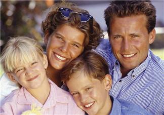 孩子们放暑假家长的心情说说 孩子暑假父母的感慨句子朋友圈