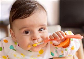 如何分辨孩子是吃不下还是爱玩 三伏天宝宝不吃饭怎么办2018