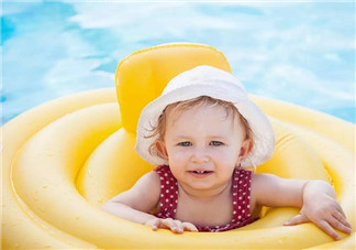 宝宝游泳前需要做些什么运动吗 宝宝游泳前中后需要注意什么