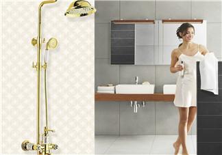 三伏天月子里洗头洗澡要注意什么 注意选择洗澡洗头的方式