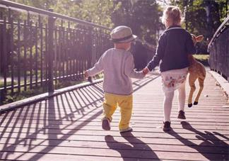 孩子动不动就喜欢哭怎么办 孩子不同的性格应该怎么教比较好