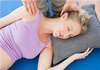 容易孕吐按摩推拿可以缓解吗 孕期什么穴位按摩缓解孕期反应