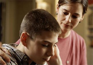 孩子说话颠三倒四是什么原因 怎么纠正孩子说话颠倒的情况