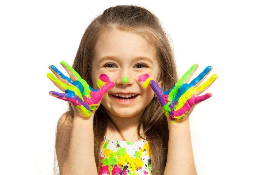 孩子特别的抵触去幼儿园怎么办 孩子不喜欢集体活动家长怎么做比较好