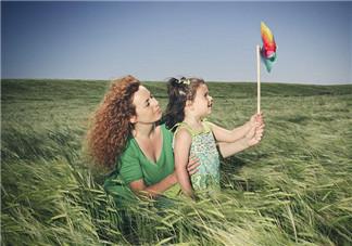 暑假带孩子出来玩的心情说说 暑假珍惜和孩子在一起的美好时光的朋友圈