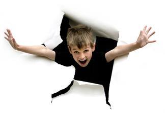 孩子的破坏力特别的强怎么办 孩子十分调皮捣蛋怎么惩罚他