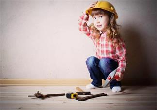 孩子好奇心特别重什么都想摸怎么办 怎么合理的保护孩子的好奇心