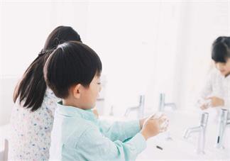 孩子什么时候洗手好 怎么让孩子多多洗手