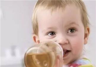 小婴儿能喝蜂蜜水吗 宝宝多大几岁可以吃蜂蜜