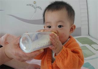 怎么让宝宝接受断奶 给宝宝断奶怎么断比较好
