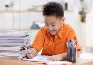 孩子上学前有很多作业没做怎么办 怎么让孩子自觉做作业