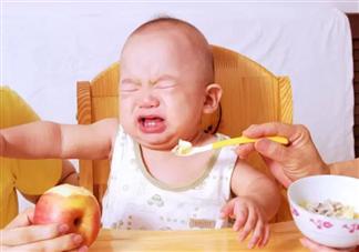 宝宝不爱吃饭怎么办 如何提高宝宝的食欲2018