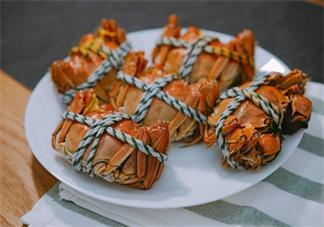 螃蟹不能和什么一起吃 吃螃蟹的时候要注意什么