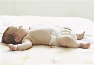 小宝宝怎么睡觉比较好 孩子睡觉什么姿势正确